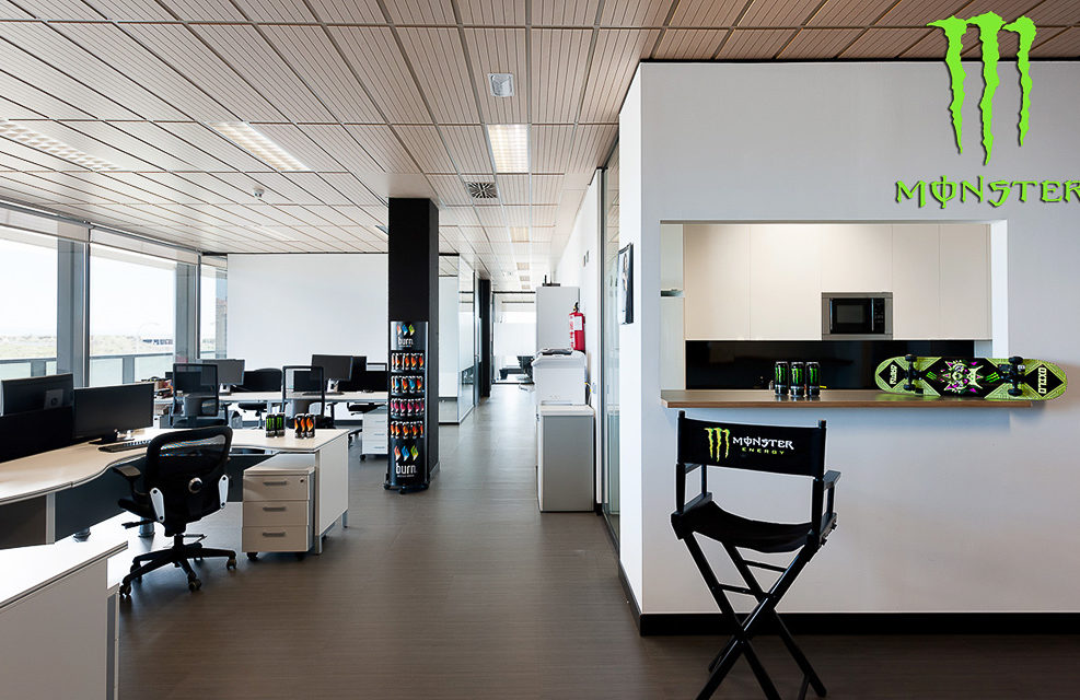Oficinas Monster Energy
