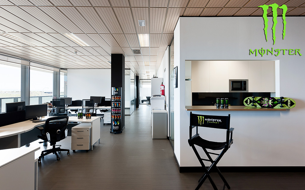 Oficinas Monster Energy